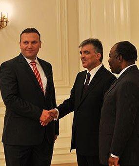 Karmod został zaproszony do Pałacu Prezydenckiego